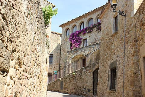 Visit Pals Spain A Lovely Medieval Village