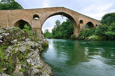 Photo of Cangas de Onis (Asturias and Cantabria region)