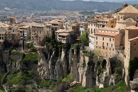 High Quality Spain Guide · Castilla La Mancha; Cuenca Amazing Design