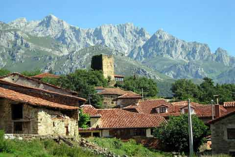 Photo of Mogrovejo (Asturias and Cantabria region)
