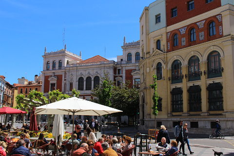 Cafes in the beautiful Plaza Mayor